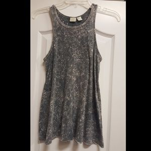 Lucy and Laurel high neck tank top